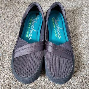 Sketchers memory foam slide on shoes